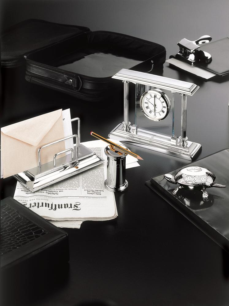 El Casco Ceo S Desk Accessories