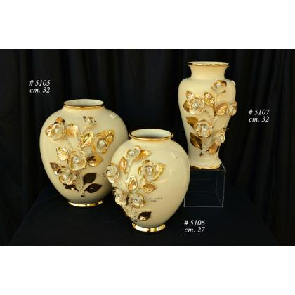 Picture Luxurious Italian vases with flowers