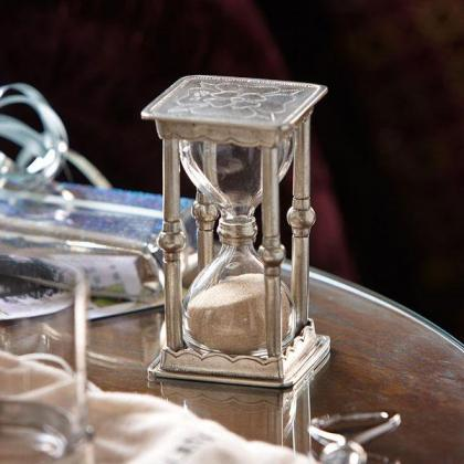 Picture Luxurious hourglass