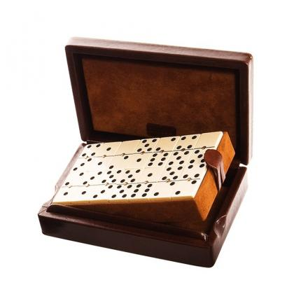 Picture A luxury set for playing dominoes- Absolute Breton