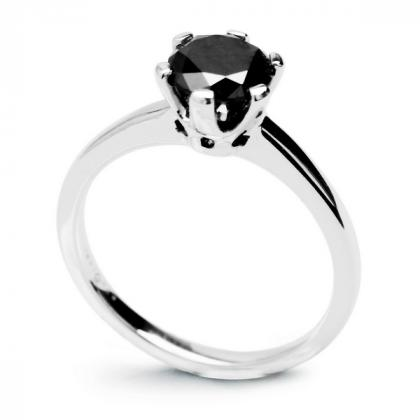 Picture Exclusive ring with black diamond