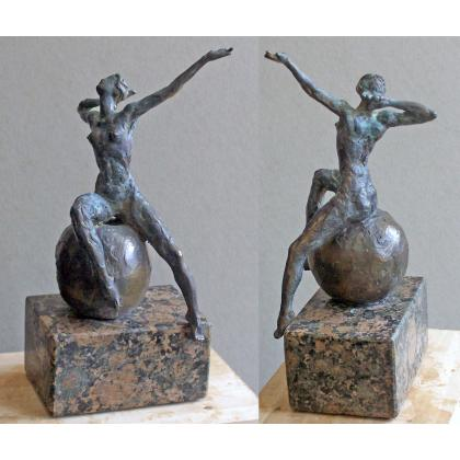 Picture Beautiful patinated bronze sculpture - perfect as a gift