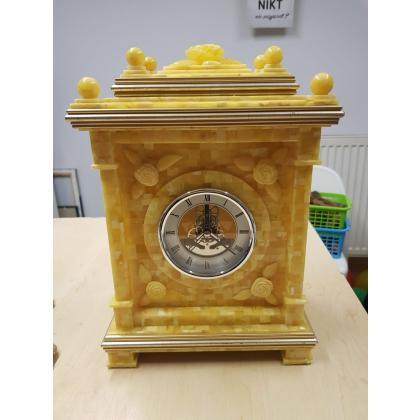 Picture Amber clock - a collector's product
